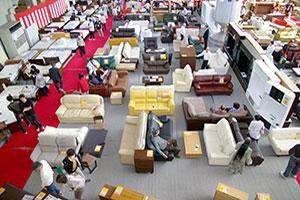 1P~3Pソファ、カウチソファー、電動ソファ、ローソファ、コーナーソファーなど、いろんなタイプのソファーを大量展示!