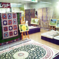 ペルシャアート絨毯展 展示品の様子